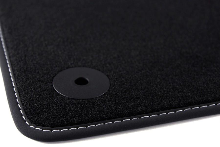 exclusive tapis de sol de voitures pour audi a3 8v. Black Bedroom Furniture Sets. Home Design Ideas